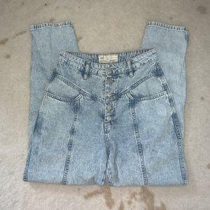 Free People Acid Wash Boyfriend Jeans 🦋
